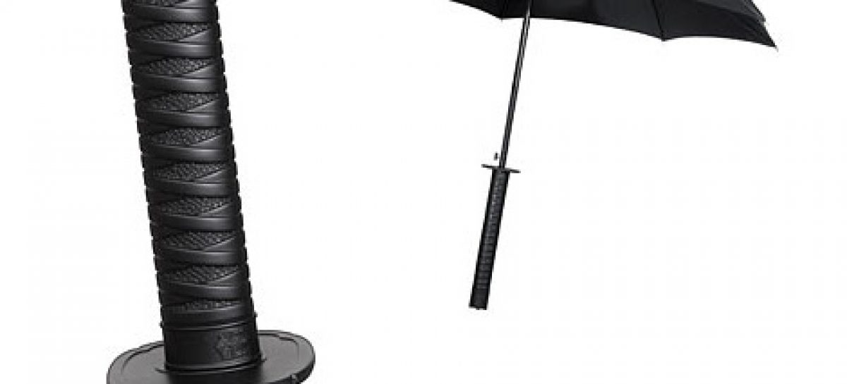 Regenschirm im Samurai Schwert Look