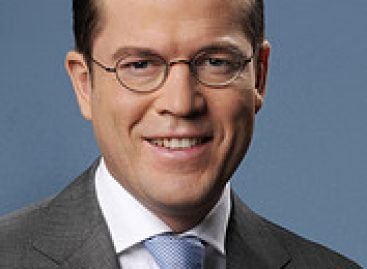 Karl-Theodor zu Guttenberg will ins Ausland ziehen