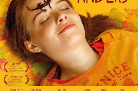 Film Review: Ein Tick anders mit Jasna Fritzi Bauer von Andi Rogenhagen