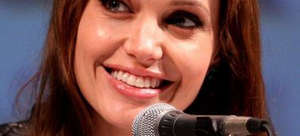 Strenge Kindererziehung bei Angelina Jolie und Brad Pitt