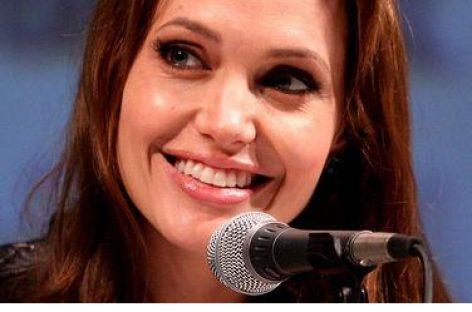 Angelina Jolie gibt 1.500 Euro in 15 Minuten aus