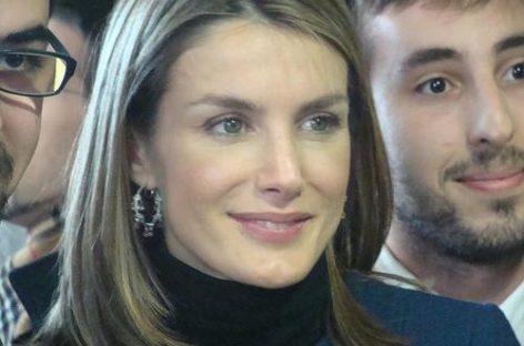 Letizia und Felipe zeigen sich so glücklich wie selten zuvor beobachtet wurde
